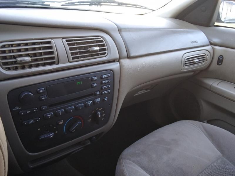 Ford Taurus SE 2005 price $2,995 Cash