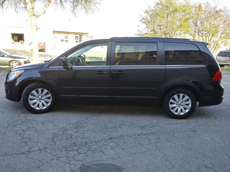 Volkswagen Routan SEL Nav/Dvd 1 Owner 2012 price $8,995 Cash