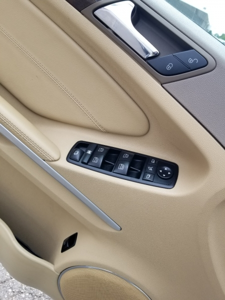 Mercedes-Benz GL350 BlueTEC 4 Matic AWD 2012 price $20,995 Cash