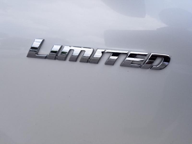 Toyota Highlander V6 Limited 1 Owner 2013 price $14,995 Cash