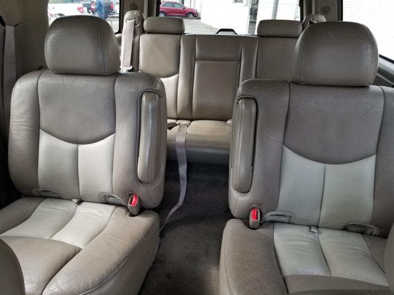 GMC Yukon XL Denali AWD 1 Owner 2006 price $8,995 Cash