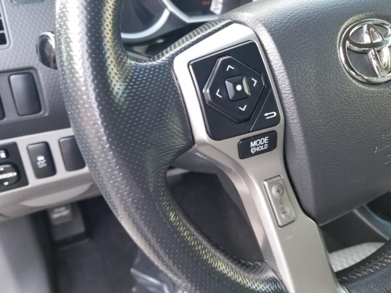 Toyota Tacoma V6 PreRunner 1 Owner 2015 price $21,995 Cash