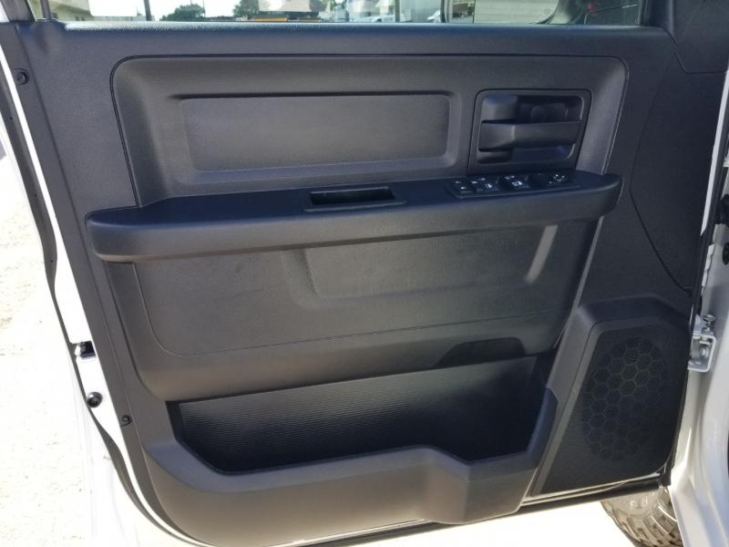 RAM 3500 4WD Crew Cab 1 owner 2016 price $26,995 Cash