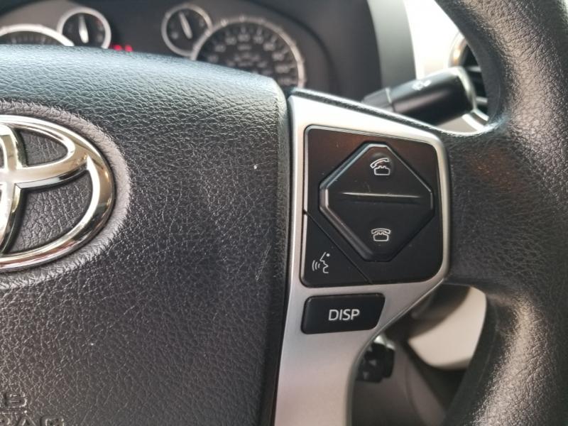 Toyota Tundra 4WD D.Cab Flex Fuel 2016 price $28,995 Cash