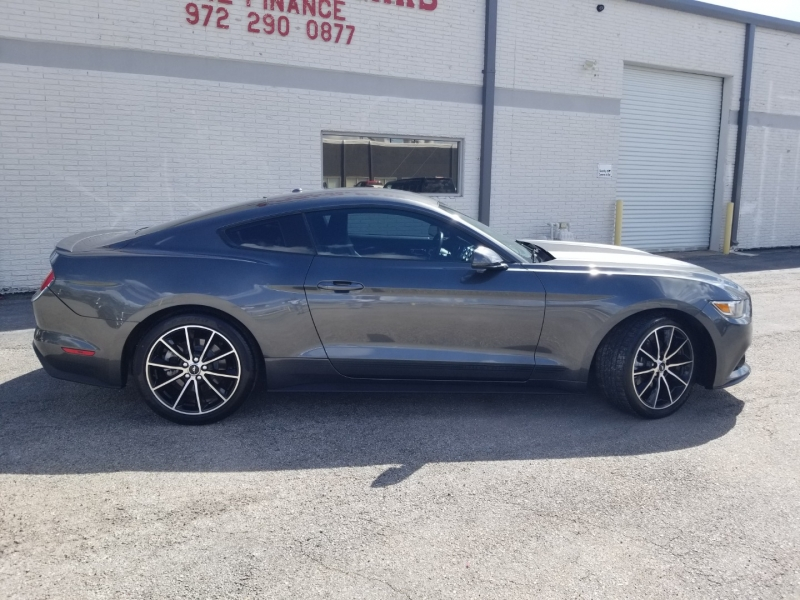 Ford Mustang fastback E.Boost 1Owner 2016 price $20,995 Cash
