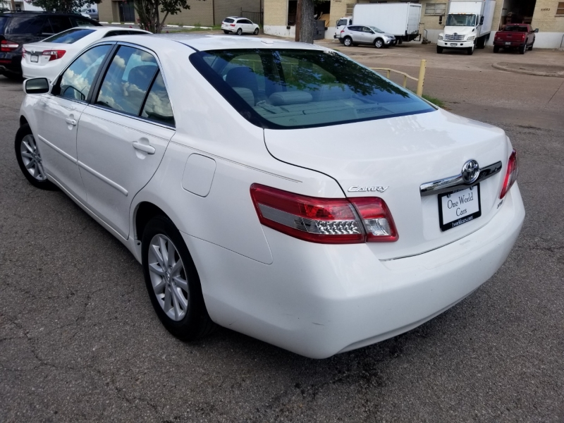 Toyota Camry XLE 1 Owner 2010 price $10,995 Cash