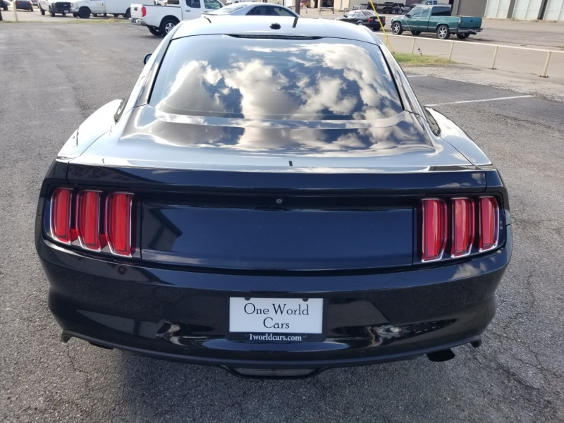 Ford Mustang 50 Yrs Ed. 1-Owner Manual 2015 price $20,995 Cash