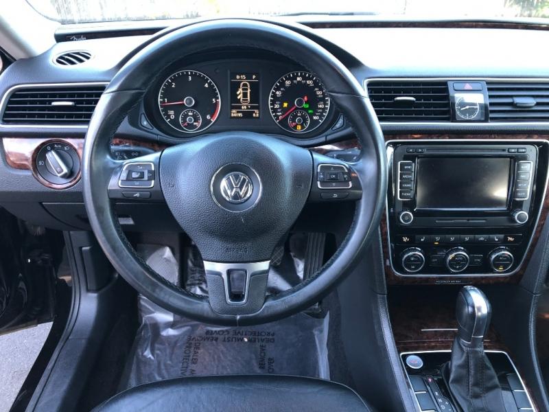 Volkswagen Passat 2012 price $9,450