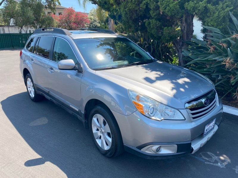 Subaru Outback 2011 price $9,995