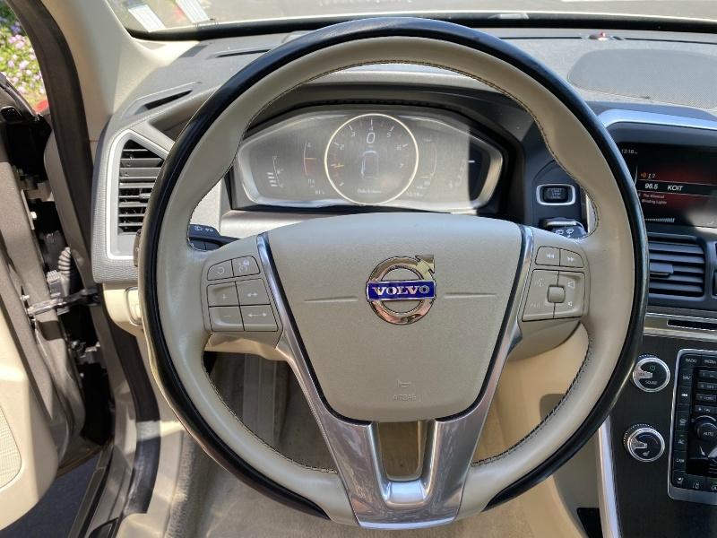 Volvo XC60 2016 price $14,995