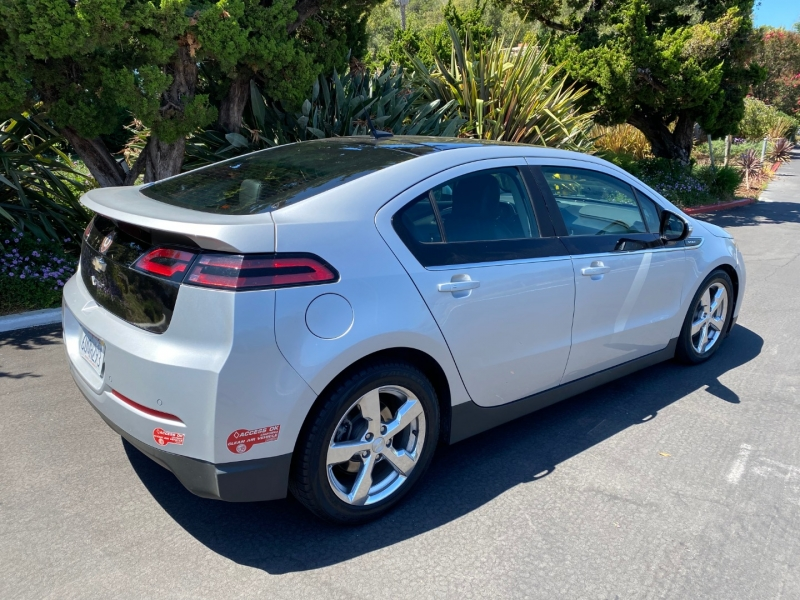 Chevrolet Volt 2012 price $7,995