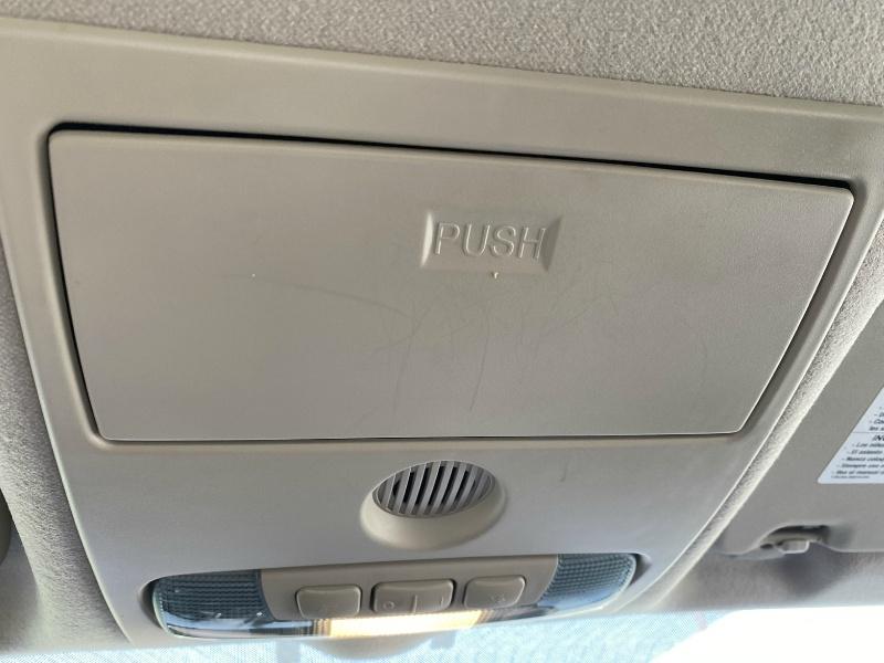 Ford Fiesta SE 2018 price $10,800