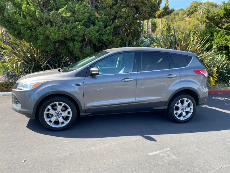 Ford Escape SEL 2013 price $12,995