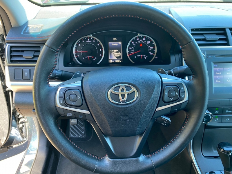 Toyota Camry SE 2016 price $18,500