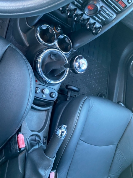 Mini Cooper S Convertible 2005 price $6,995