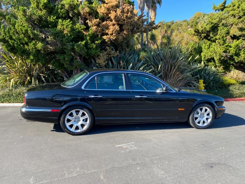 Jaguar XJ8 2004 price $6,995