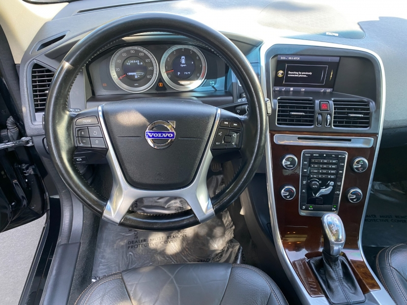 Volvo XC60 T6 AWD 2013 price $10,995