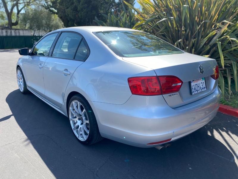 Volkswagen Jetta S 2012 price $6,500