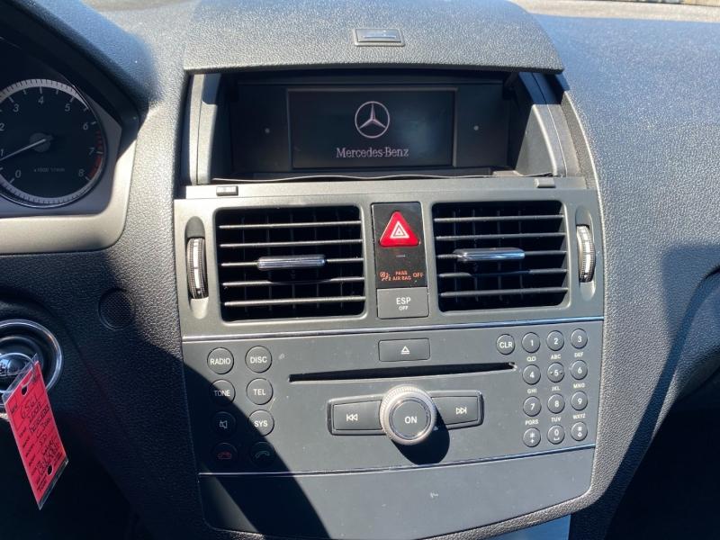 Mercedes-Benz C300 2009 price $9,995