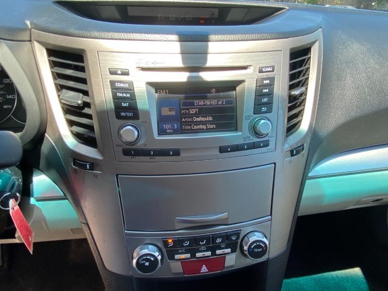 Subaru Outback Premium AWD 2012 price $10,995