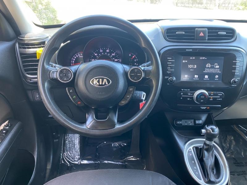 Kia Soul 2018 price $12,895