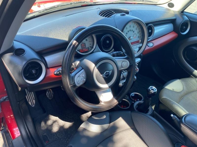 Mini Cooper S 2009 price $7,850