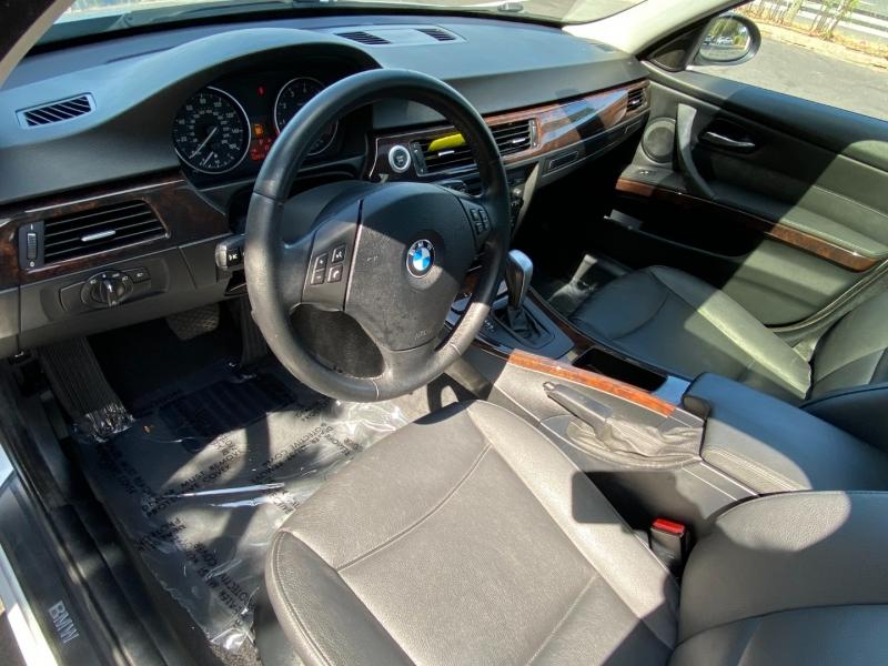 BMW 328xi AWD 2008 price $7,995