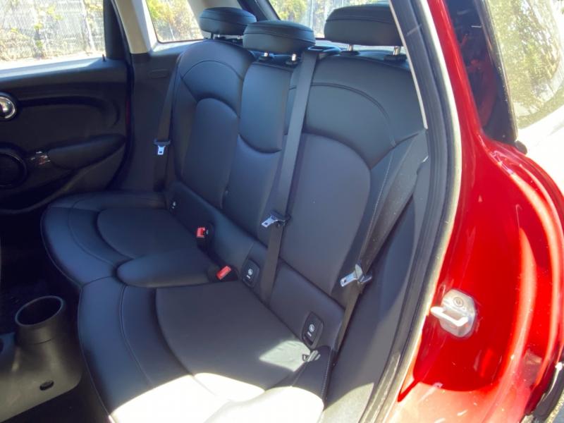 Mini Cooper 2015 price $12,995