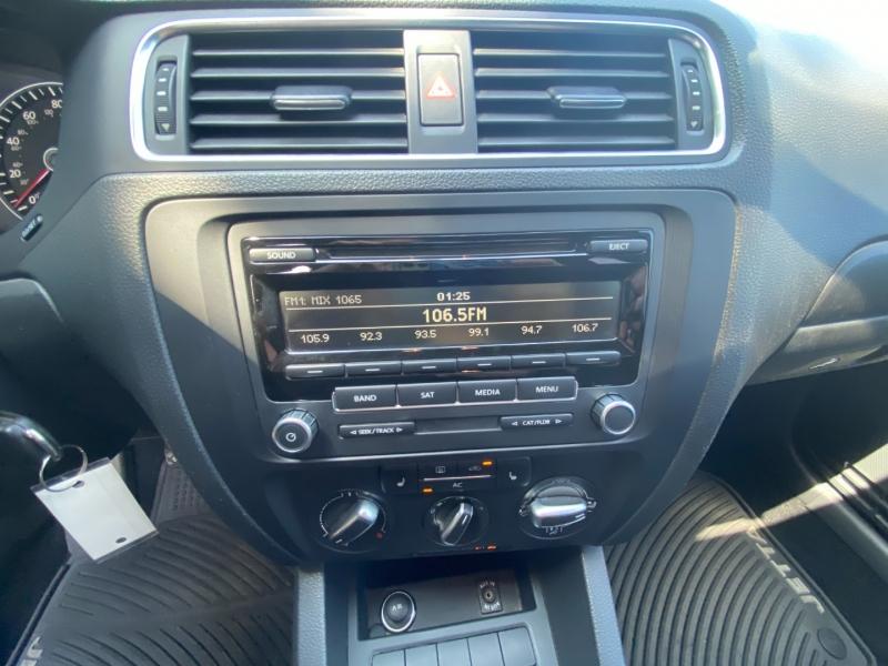 Volkswagen Jetta 2012 price $8,650