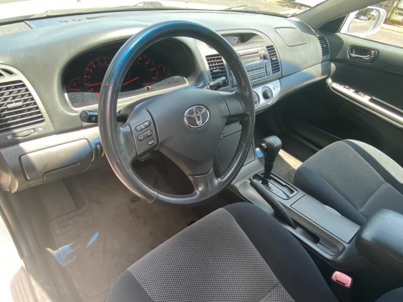 Toyota Camry SE 2005 price $8,995