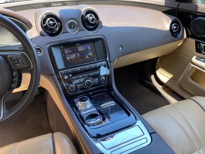 Jaguar XJ 2016 price $34,995