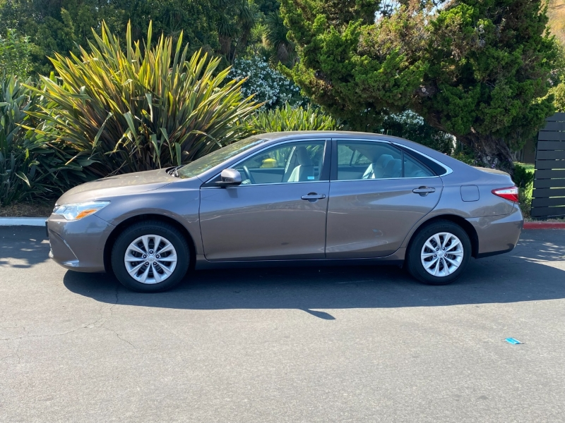 Toyota Camry LE 2016 price $19,995