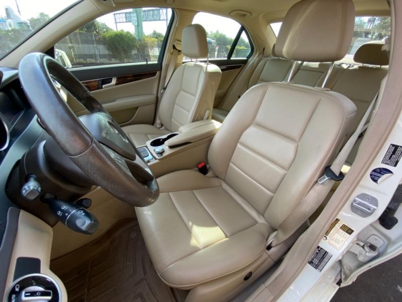 Mercedes-Benz C300 2012 price $12,995