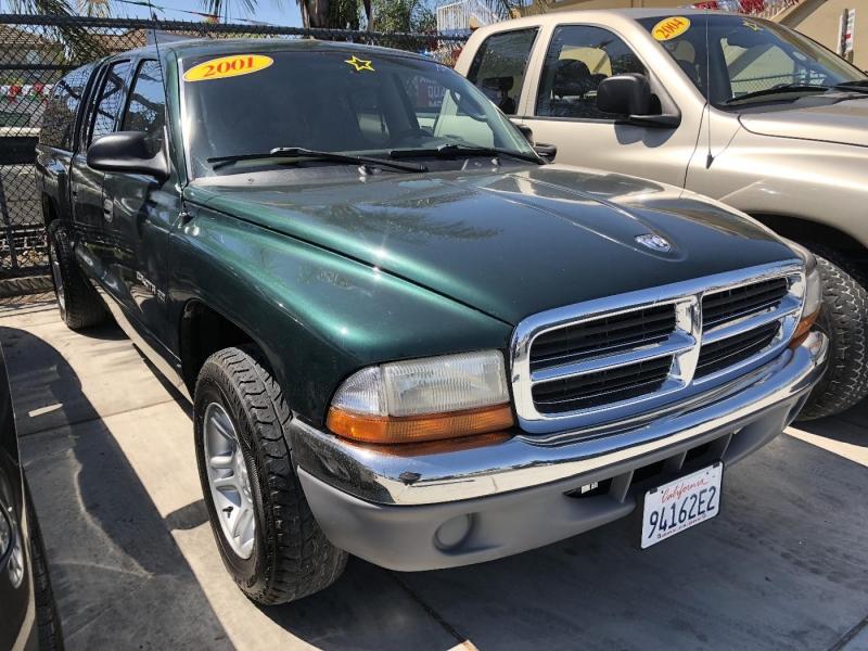 DODGE DAKOTA 2001 price $5,000