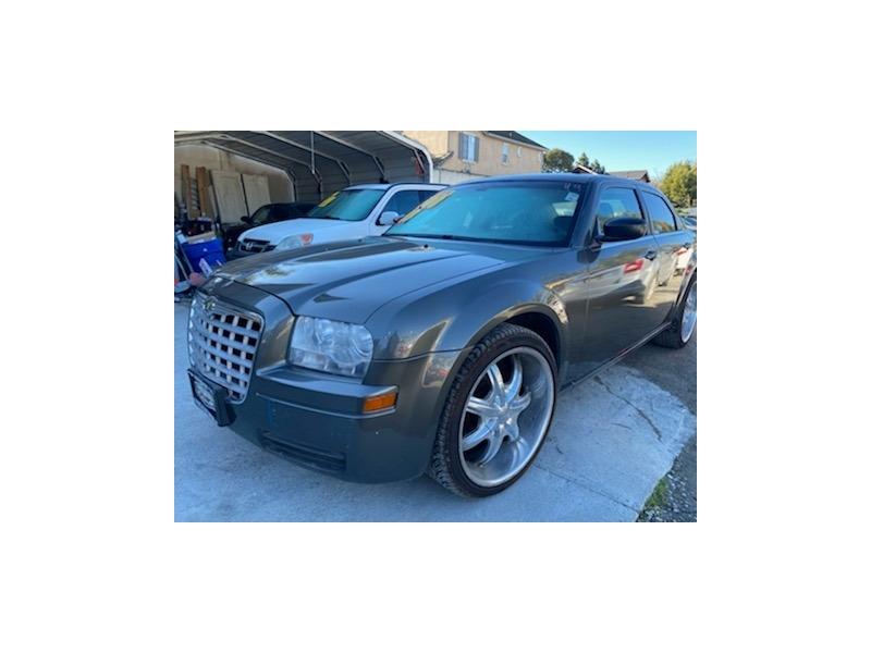 CHRYSLER 300 2008 price $7,500