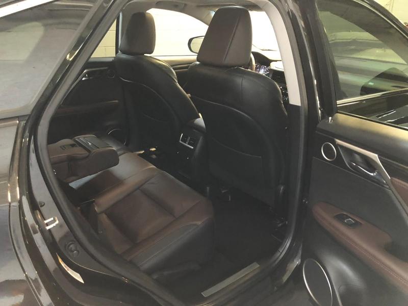 Lexus RX 350 2017 price $31,950