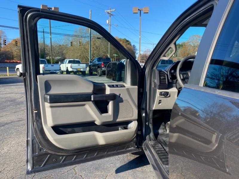Ford F-150 2017 price $26,600