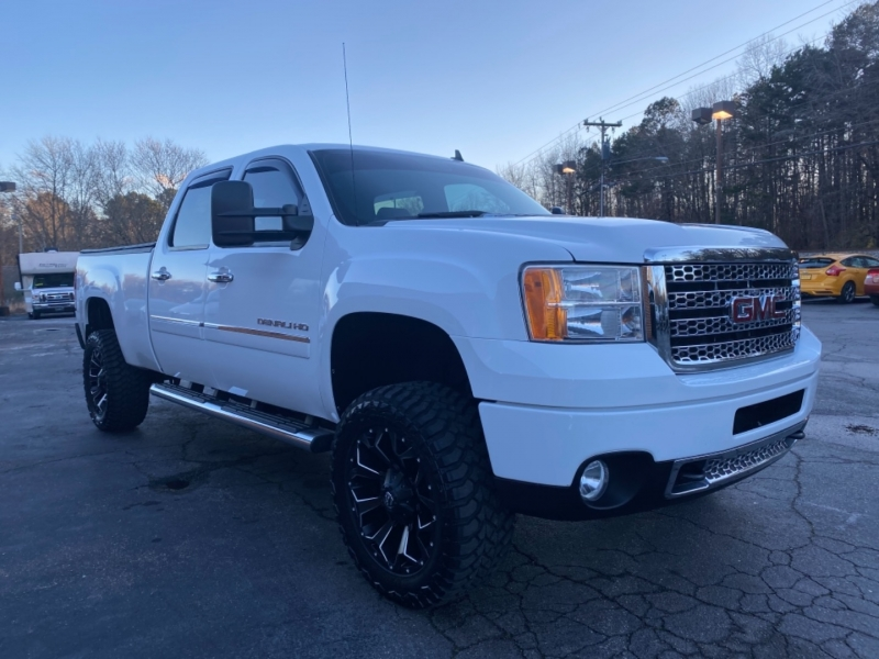 GMC Sierra 2500HD 2012 price $43,200