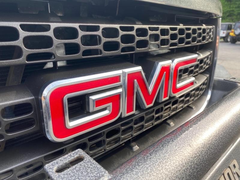 GMC Sierra 2500HD 2011 price $43,900