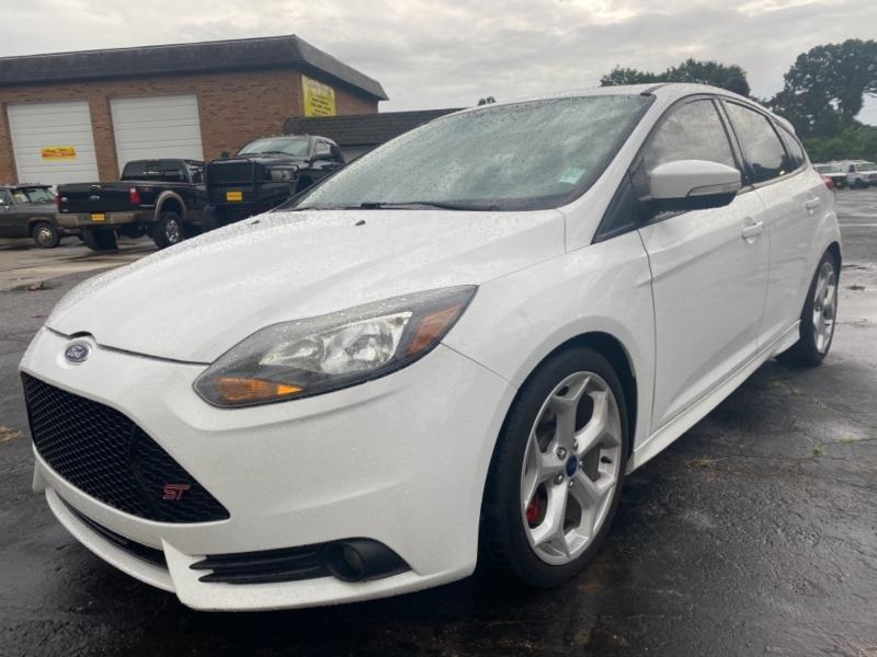 Ford FOCUS 2014 price $15,950