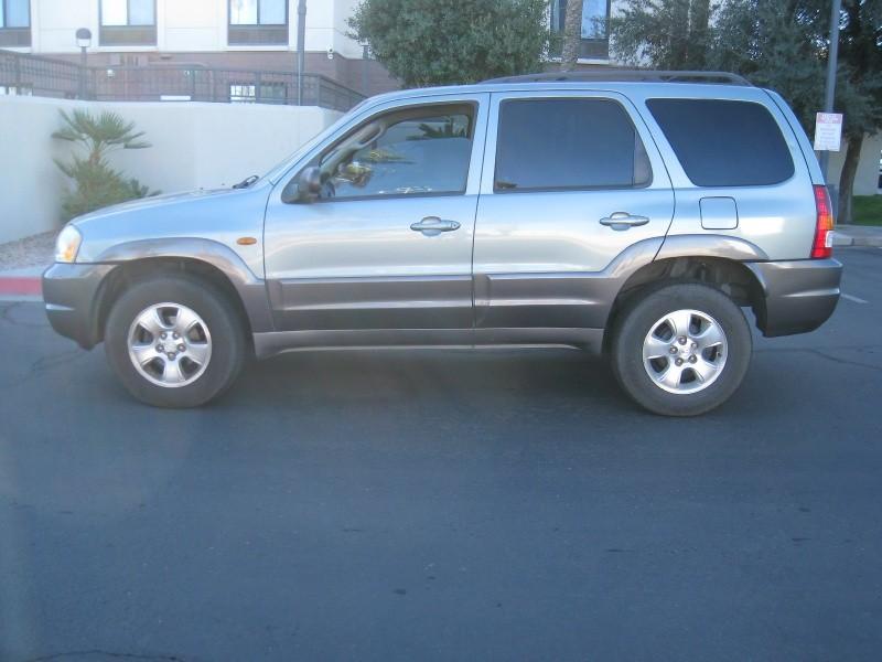 Mazda Tribute 2003 price $3,900 Cash