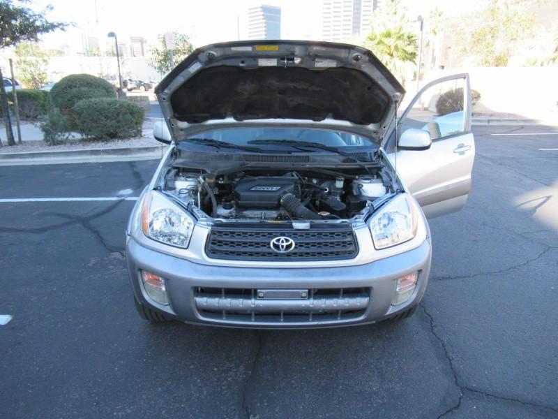 Toyota RAV4 2001 price $4,300 Cash