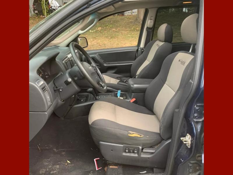 Jeep Grand Cherokee 2004 price $3,500 Cash