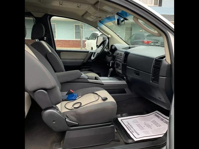 Nissan Titan 2008 price $8,500 Cash