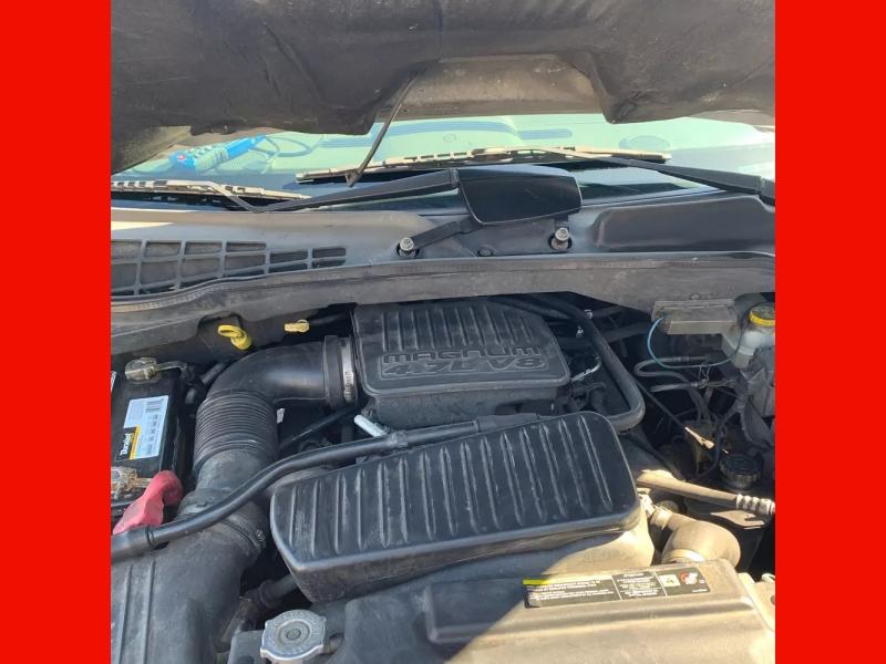 Dodge Durango 2005 price $3,995 Cash