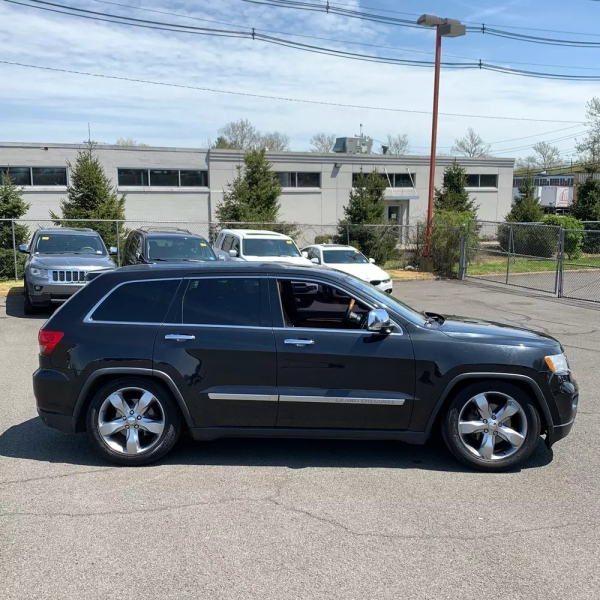 Jeep Grand Cherokee 2011 price $11,995 Cash