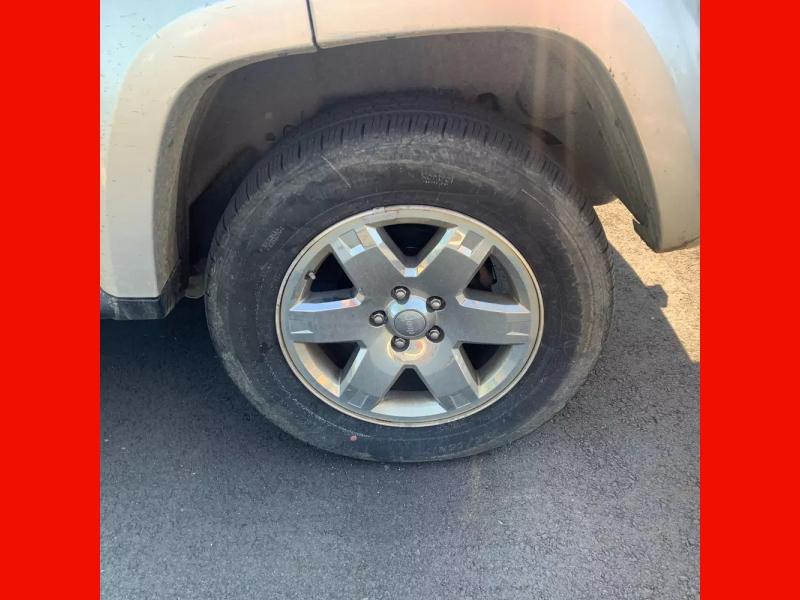 Jeep Liberty 2006 price $4,995 Cash