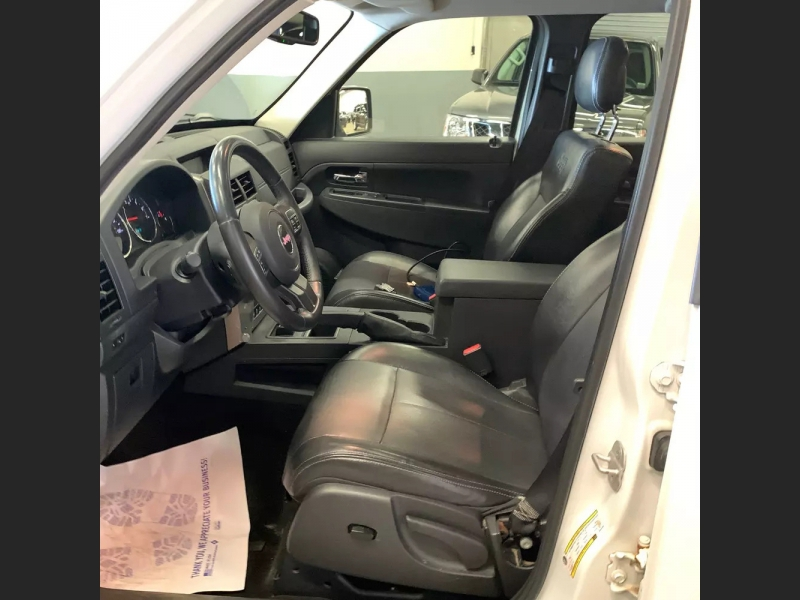 Jeep Liberty 2012 price $10,500 Cash