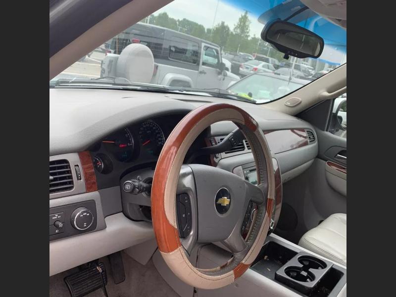 Chevrolet Tahoe 2011 price $9,995 Cash