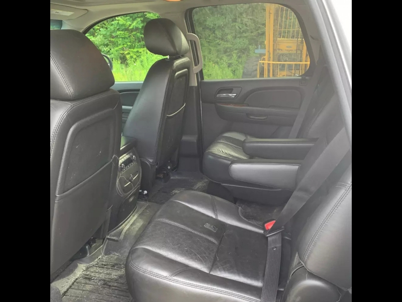 Chevrolet Tahoe 2011 price $9,500 Cash